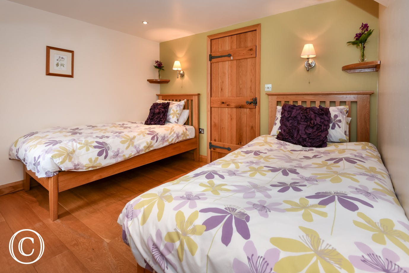 Spacious and stylish ground floor twin bedroom