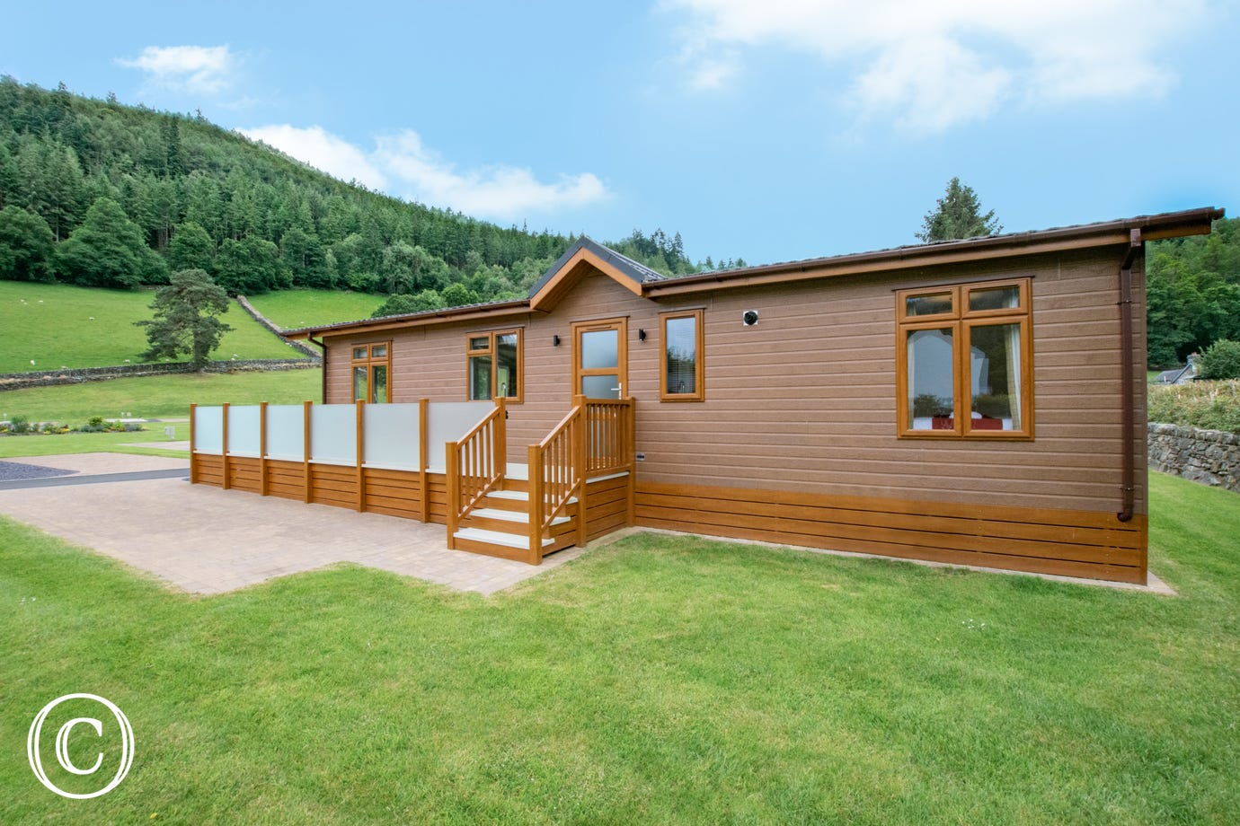 One of only four lodges within this exclusive, gated holiday park