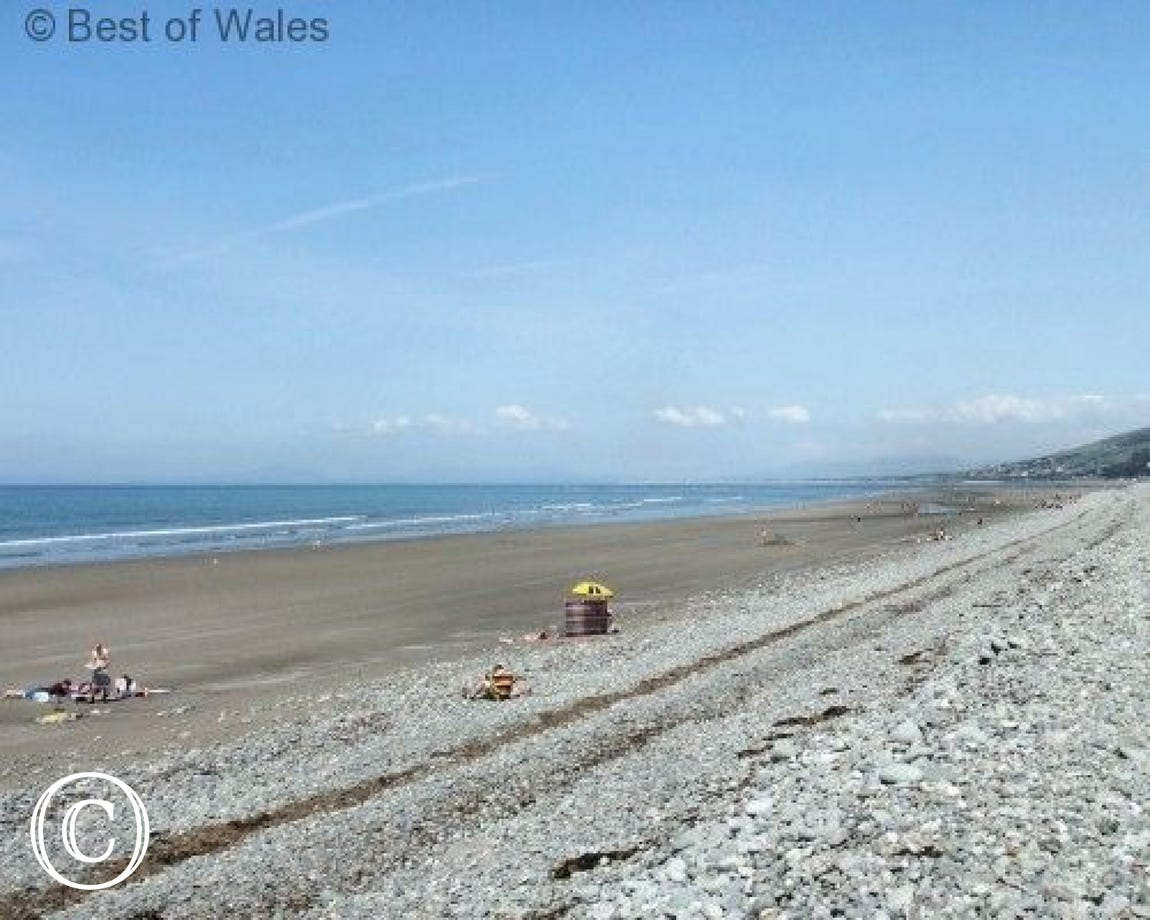 Fairbourne Beach, just 8 miles from your self catering Tywyn cottage