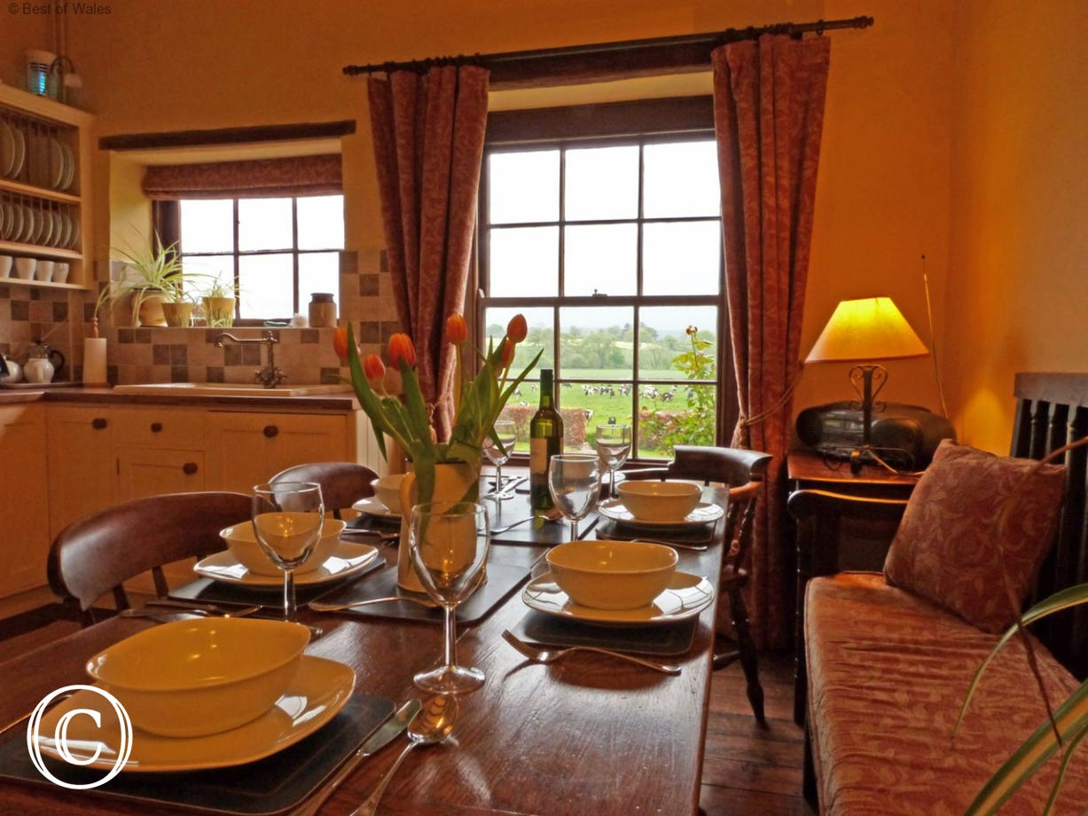 Cosy St Asaph Accommodation in the beautiful Vale of Clwyd