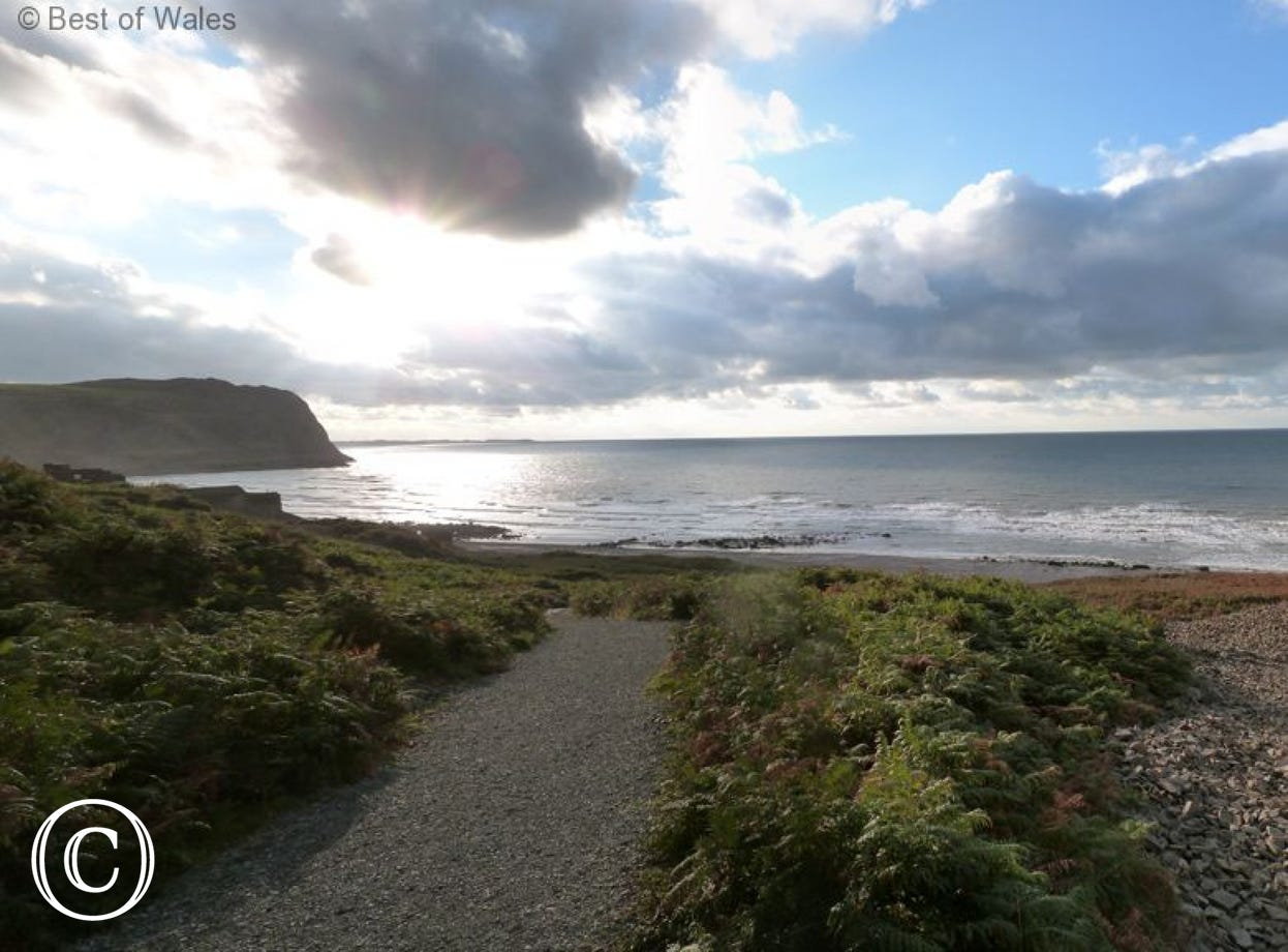 Your Nant Gwrtheyrn accommodation offers the perfect setting for a peaceful sea-side holiday