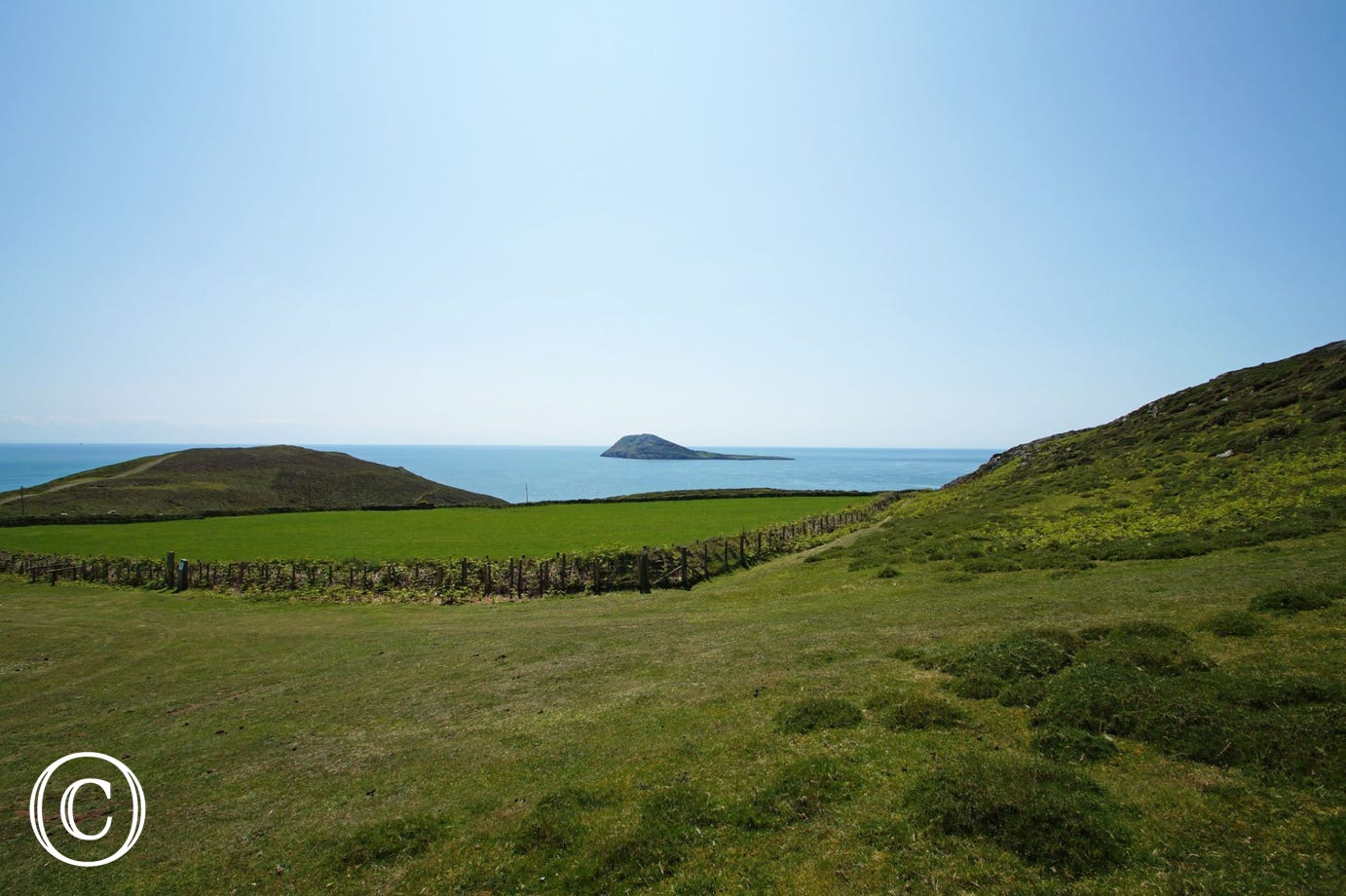 Boat trips are available from Porth Meudwy (3 miles) to Bardsey Island