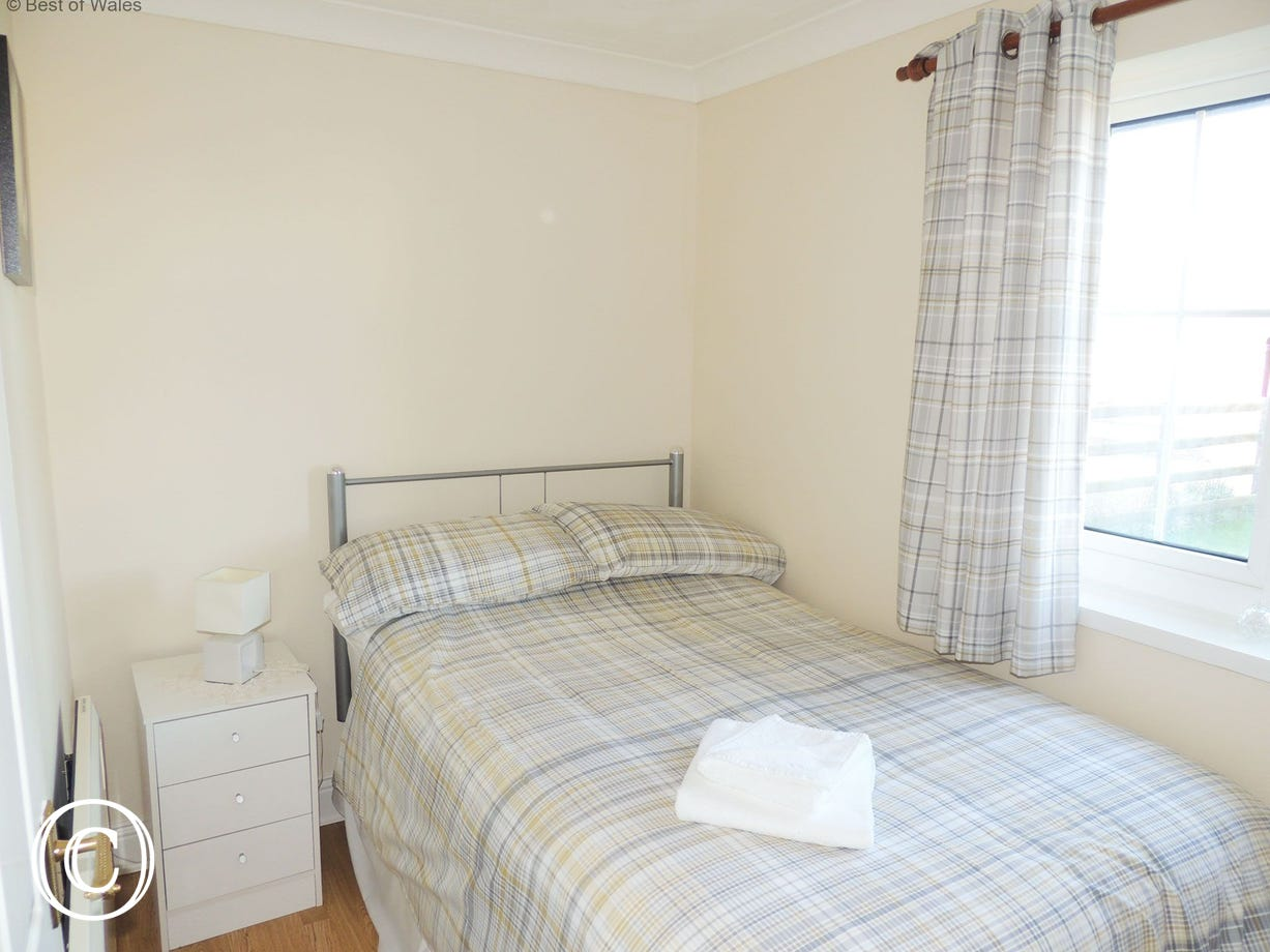 West Wales holiday cottage near New Quay - large single bed