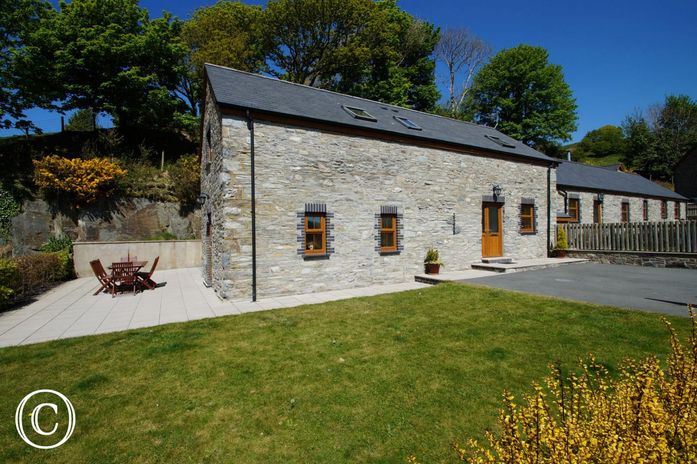 5 star Cottage near Aberystwyth on the Mid Wales Coast