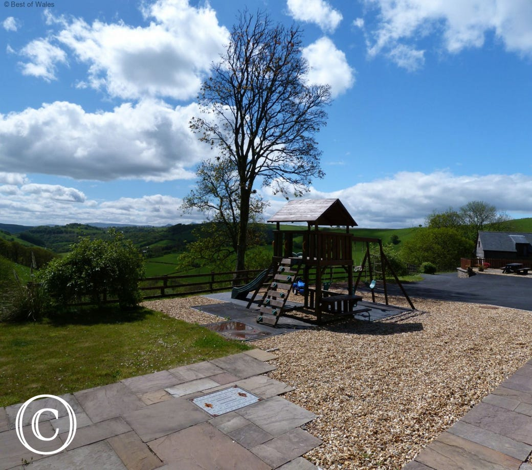 Private garden area and shared childrens park, hot tub, sauna and games room