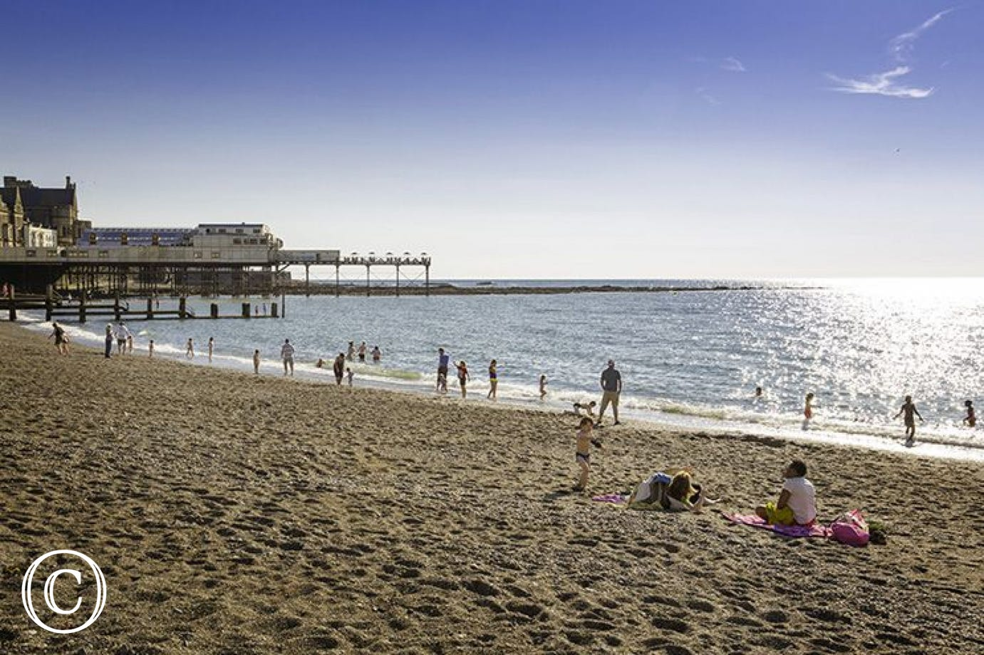 Aberystwyth beach and Pier - a great day out & lovely cafes