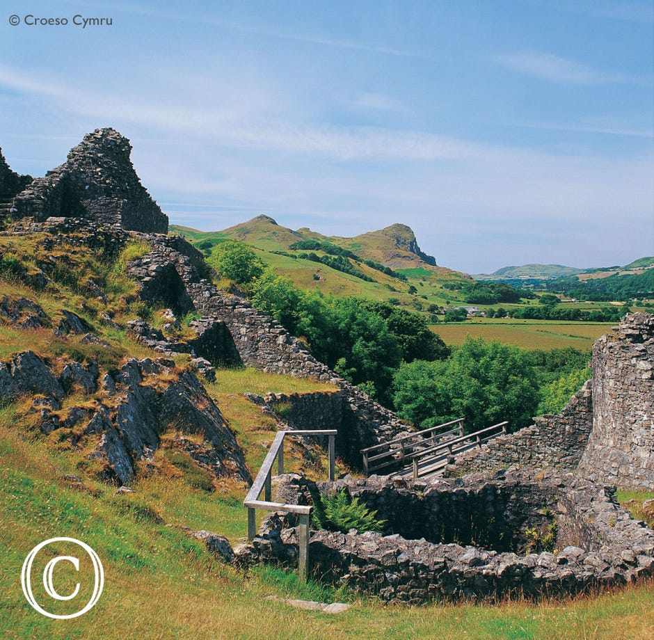 Castell y Bere, a Welsh Castle at Llanfihangel y Pennant and a 'must visit'