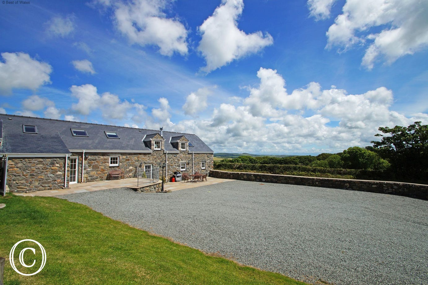 Gadlas is surrounded by spectacular views of the Llyn Peninsula.