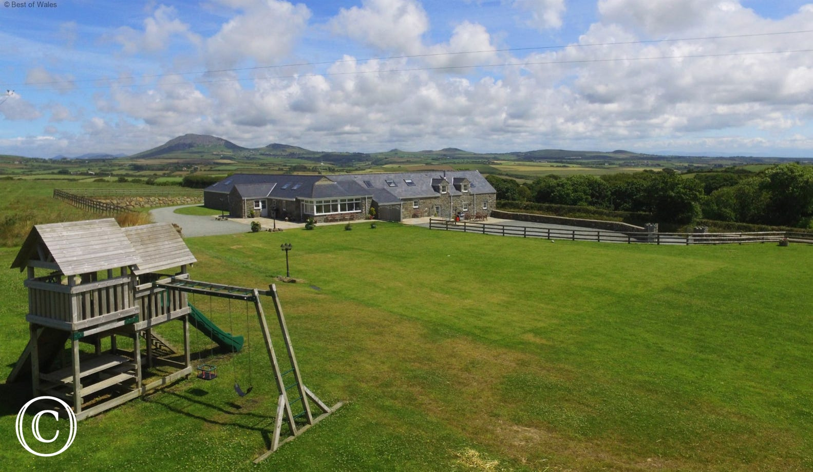 Large grounds to keep the children entertained