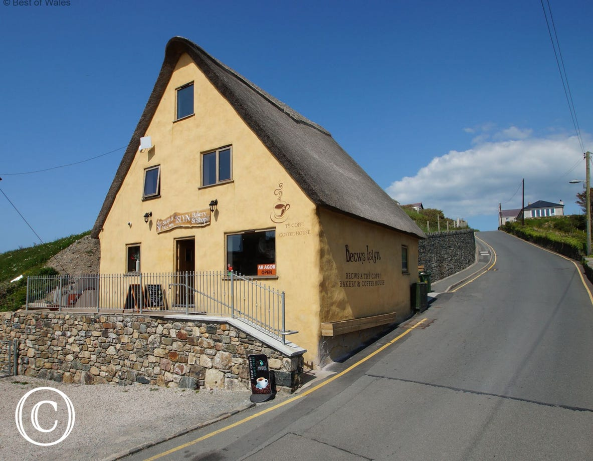 Thatched roof bakery and coffee shop in Aberdaron - well worth a visit
