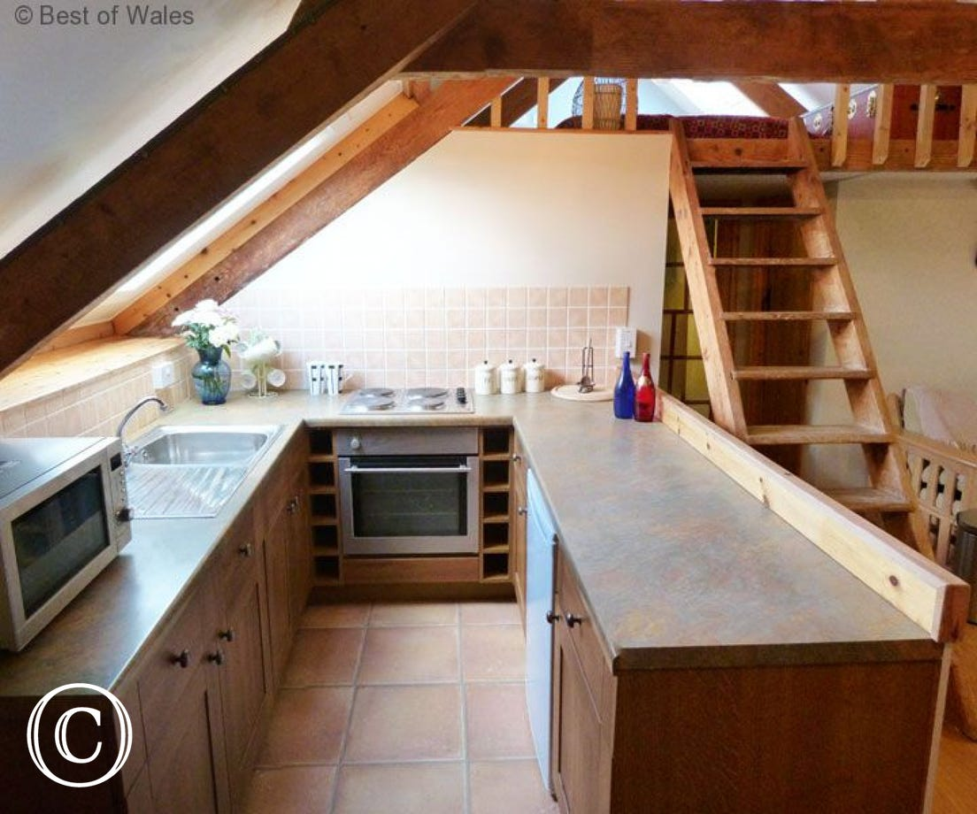 St Clears self catering cottage  - kitchen area