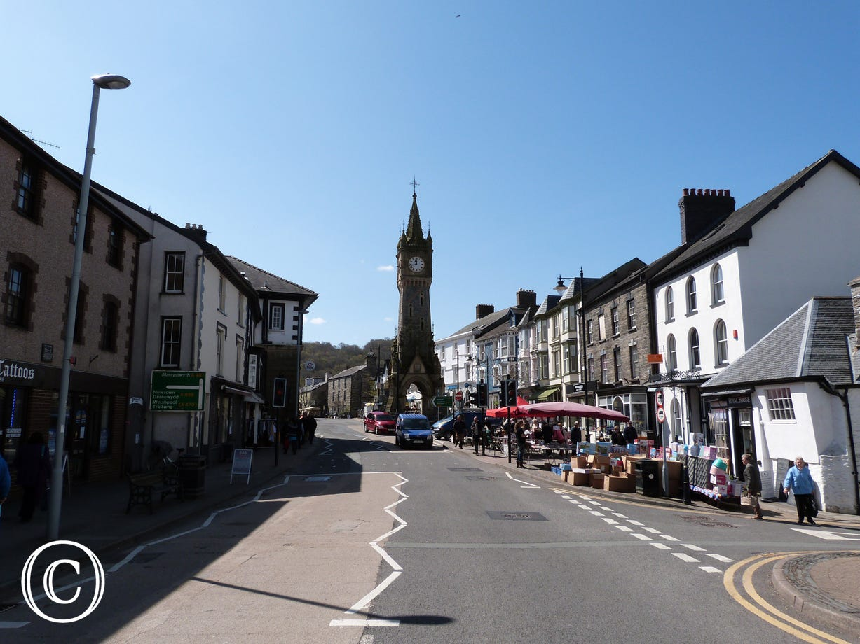 Less than a mile to the historic market town of Machynlleth