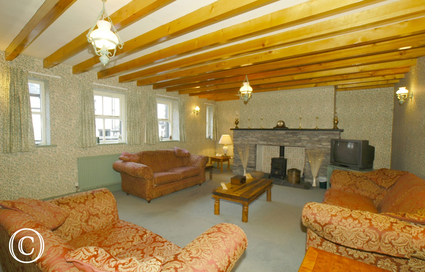 5 Star Holiday Cottage in North Wales with large comfortable lounge