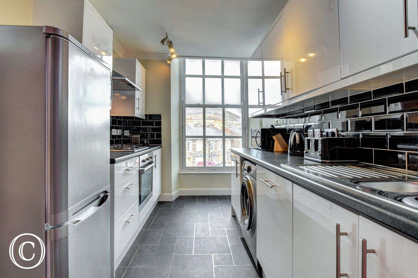 Self Catering Abergavenny - kitchen