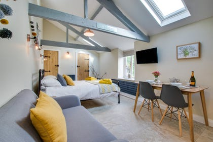 Pleasant Luxury Cottages With Hot Tubs In Wales Hot Tub Cottages Interior Design Ideas Gentotryabchikinfo
