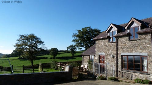 Beudy Bach Self Catering Holiday Cottage in West Wales